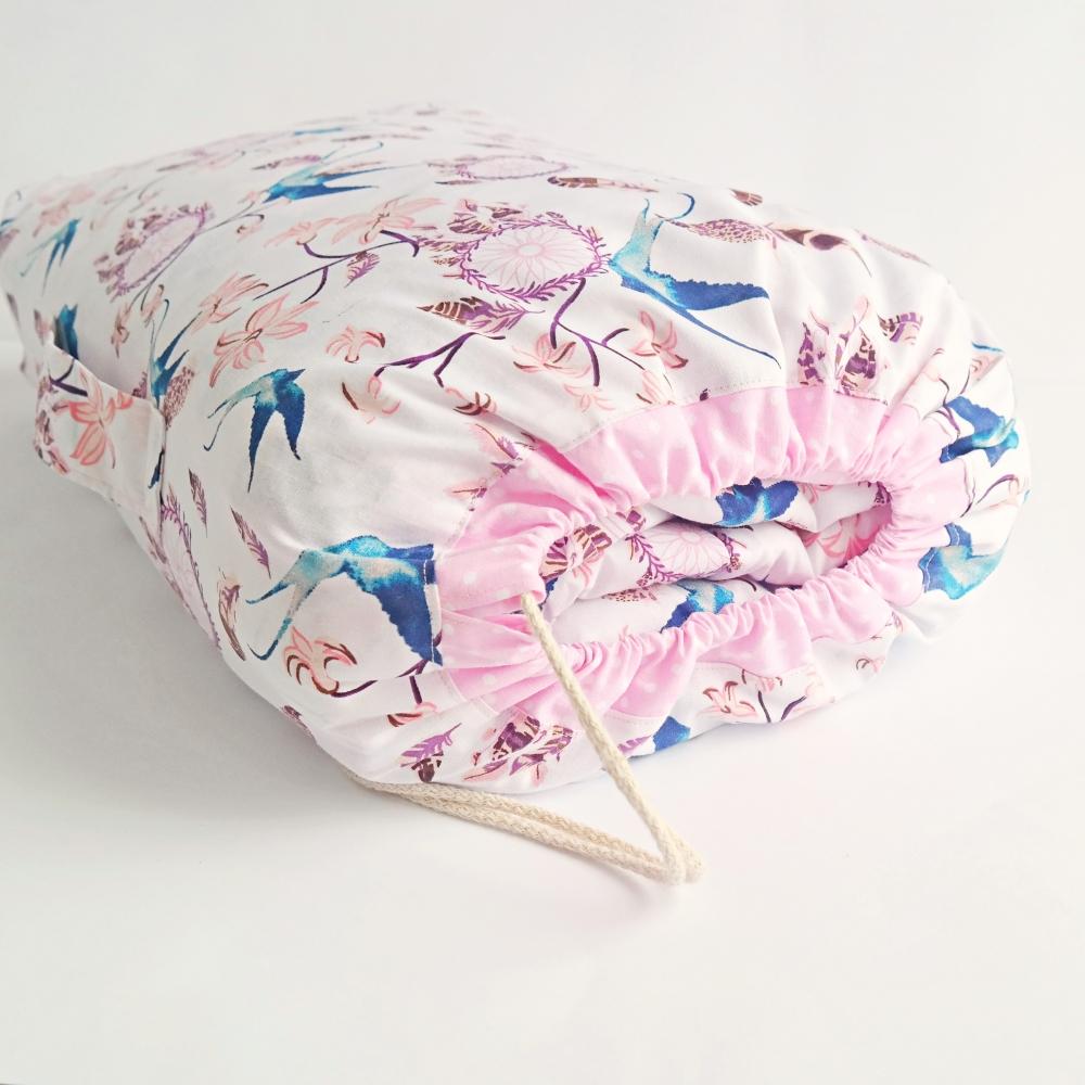 Kołderka i poduszka do przedszkola ptaszki, łapacze snów, różowy zestaw