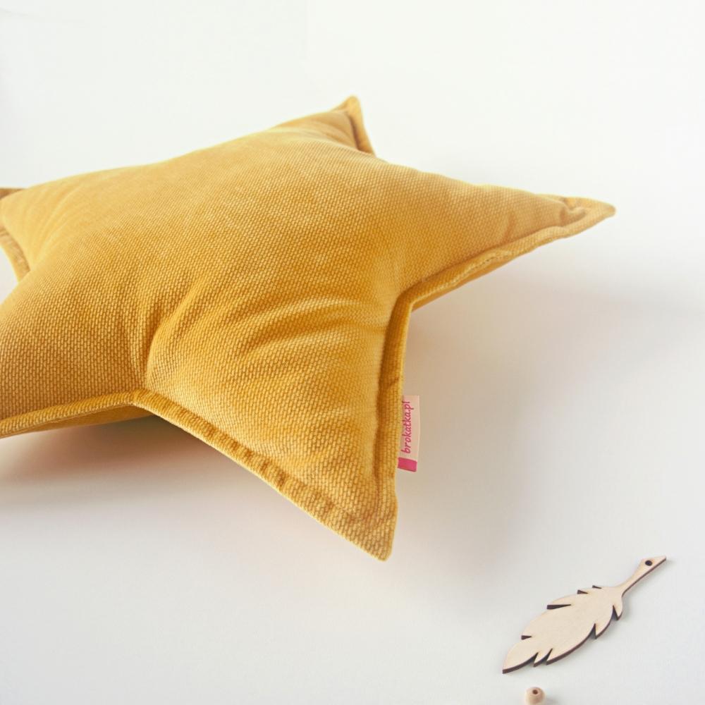 musztardowa żółta poduszka gwiazdka velvet